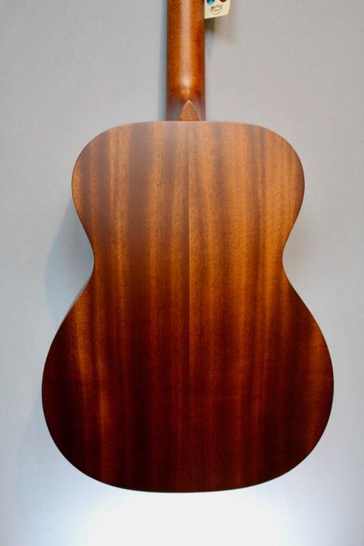 Martin Guitars 000-15M Burst PU Folkgitarre mit Tonabnehmer 1