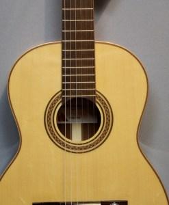 La Mancha Rubi S 53 Gitarre für Anfänger