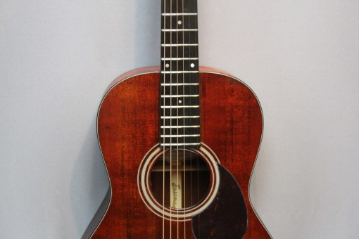 Eastman E1 00 LTD Westerngitarre