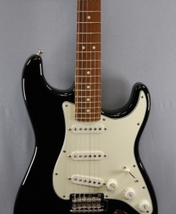 Fender PLAYER STRATOCASTER® PF BLK