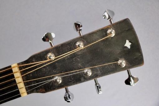 Alte Parlour Gitarre 1