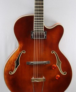 Stanford CR Vanguard Antique Violine Jazzgitarre