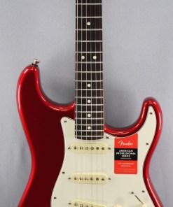 Fender AM Pro Strat HSS RW CAR