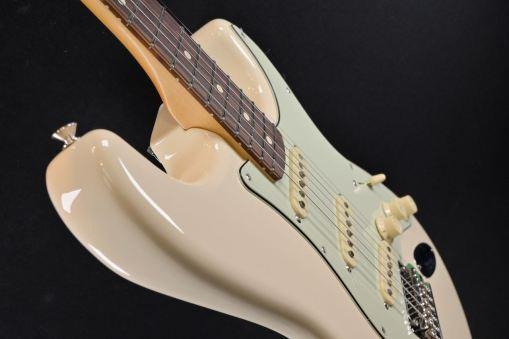 Fender Vintera 60s Mod Stratocaster PF OWT