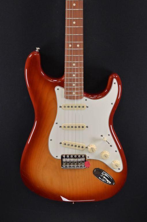 Fender Vintera 70s Stratocaster PF SSB