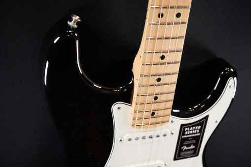 Fender Player Series Strat SSS MN BLK