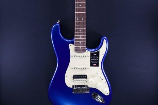 Fender AM Ultra Strat RW HSS Cobra Blue