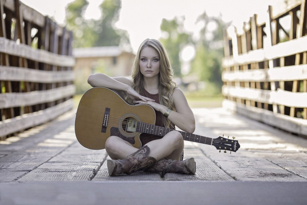 ギターを20年以上弾いてきて役立った教則本のまとめ。