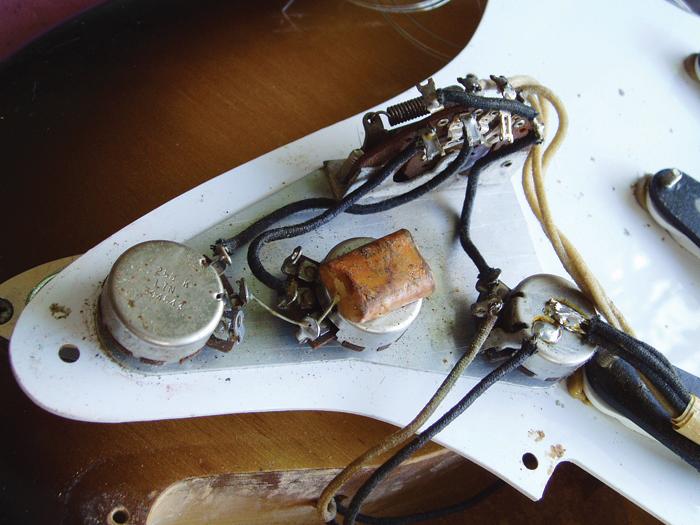 DIY Workshop: 60s Stratocaster Pickguard Project (Part One