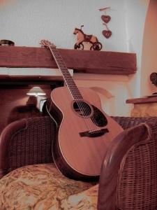 casser sa guitare ...
