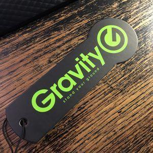 Pied de micro Gravity : sympa le logo