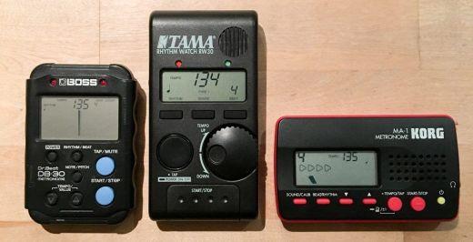 Métronome : Boss DB-30, Korg MA-1, TAMA Rythm watch RW-30