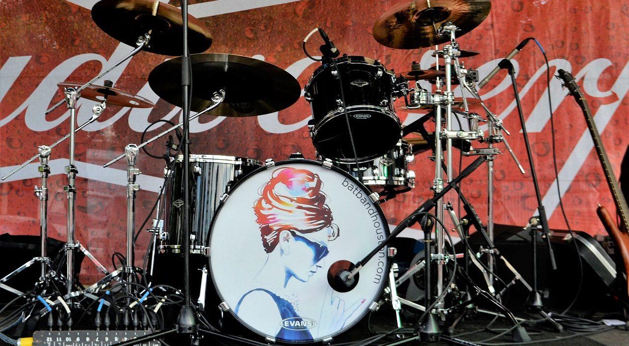 ライブで使用するドラムセット