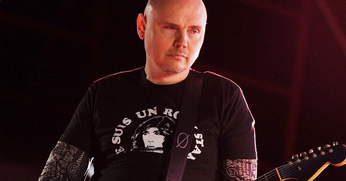 Billy Corgan tocando ao vivo