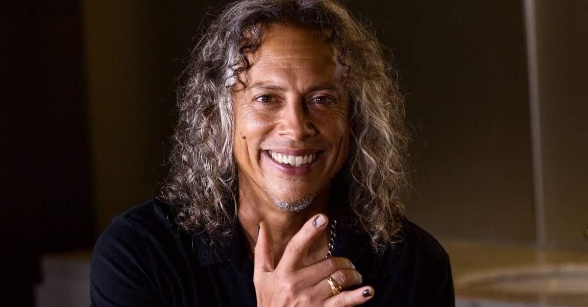 Kirk Hammett sorrindo