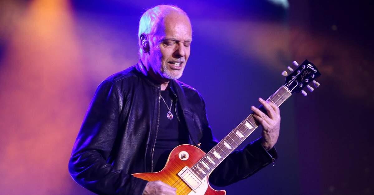 Peter Frampton tocando com uma Gibson Les Paul