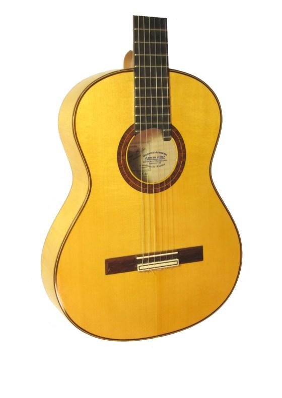 Guitarra flameca Ayman Bitar