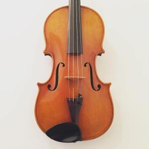 Modern viola made for W.H. Lee