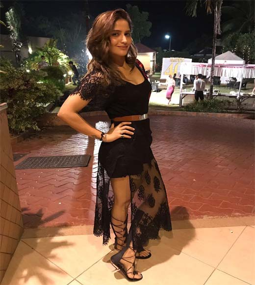 aarti singh, aarti singh age, aarti singh wikipedia, aarti singh instagram, aarti singh mother, aarti singh biography, aarti abhishek marriage, aarti singh brother, arti singh, aarti singh bigg boss, aarti singh bigg boss 13, aarti singh cmu, aarti singh tikoo, aarti singh actress, aarti singh hot, aarti singh bikini, aarti singh sexy, aarti singh images, aarti singh photo, aarti singh tv show, aarti singh boyfriend, aarti singh wedding, aarti singh news, aarti singh latest news,