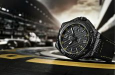 Lewis Hamilton To Wear IWC In 2013