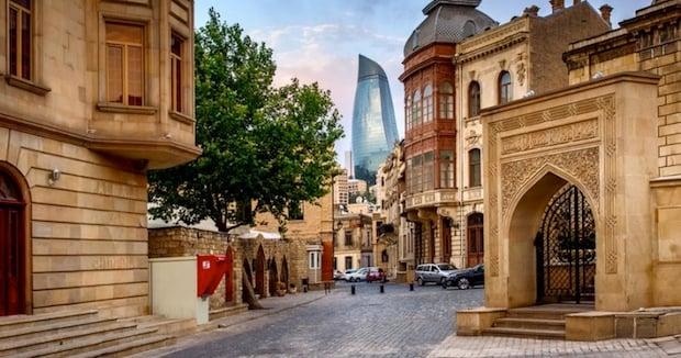 baku-azerbaijan-holiday-packages-3-810x426