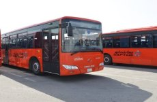 Saudi minibus drivers criticise new public buses in Riyadh, Jeddah