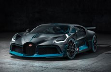 Watch: The new Dhs21m Bugatti Divo tackles the track