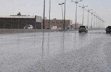 Saudi warns of thunderstorms, strong winds across the country