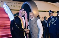 Video: Indian Prime Minister Modi breaks protocol to welcome Saudi Crown Prince
