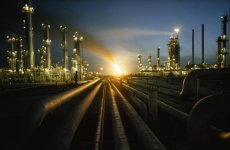 Saudi Aramco to shut two refineries for maintenance later this year