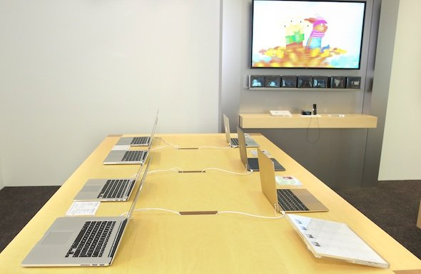 In pictures: Two new Apple stores open in Dubai airport