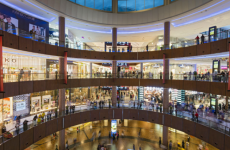 UAE's retail sector grows despite digital challenges