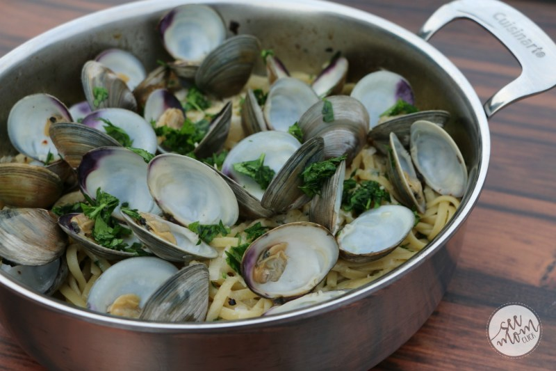 Homemade Romantic Dinners - Linguine with Clam Sauce