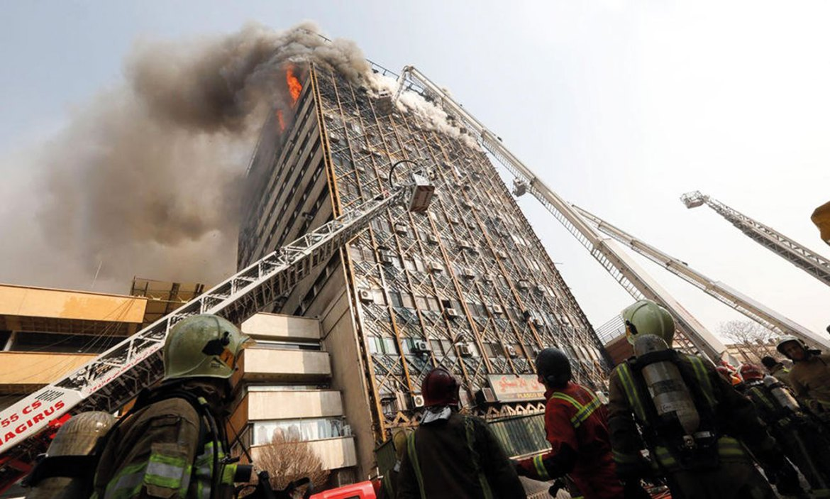 Fire-resistant cables play a fundamental role in ensuring that the emergency and building-critical systems are supported, providing vital time for the safe passage of occupants out of the building.