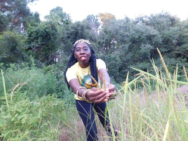 Queen Quet Growing Rice
