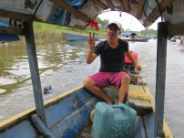 Juan Carlos, en av båtchaffisarna i Leticia.