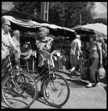 Från marknaden i Sighet, Planar 80 mm.