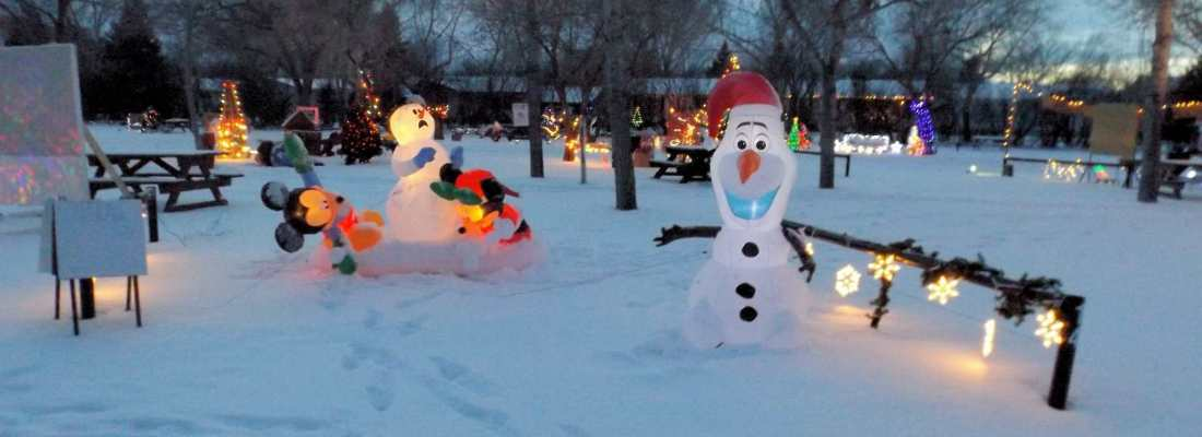 Book Your Site now for Christmas Cove 2016 GULL LAKE Tourism  Community Christmas Cove