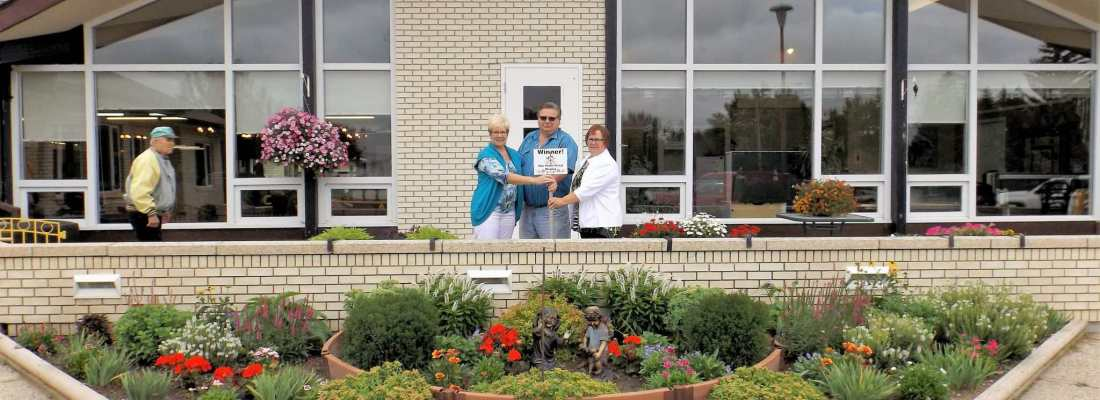 Gull Lake Special Care Centre Ladies Auxiliary Wins the 2016 Non For Profit Organization Floral Display Competition GULL LAKE Town Beautification  Gull Lake Special Care Centre Community Communities in Bloom