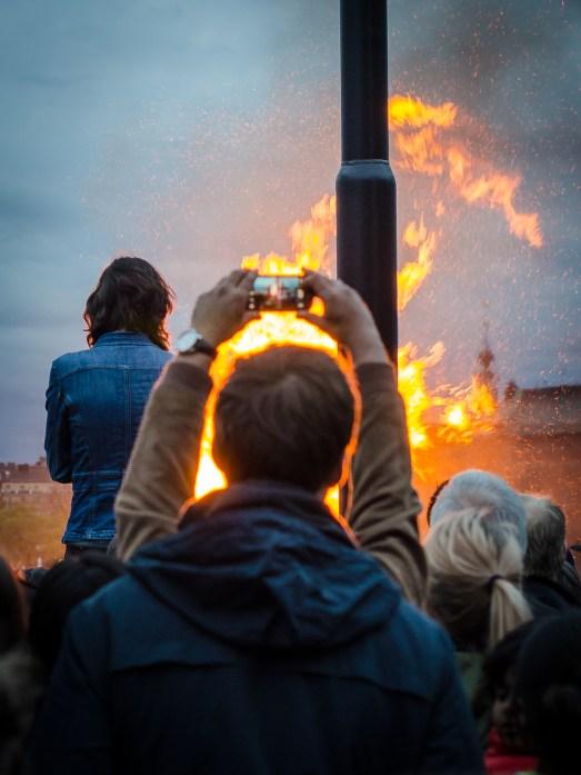 Brinner för konsten