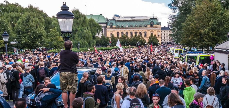 10000 antifascister av olika slag