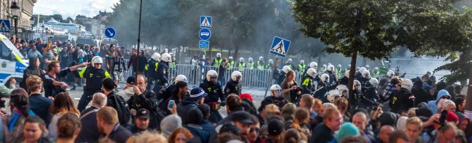 Fem våldsamma minuter av tre timmars demo