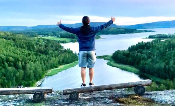På toppen av Vikbottberget i Gullvik