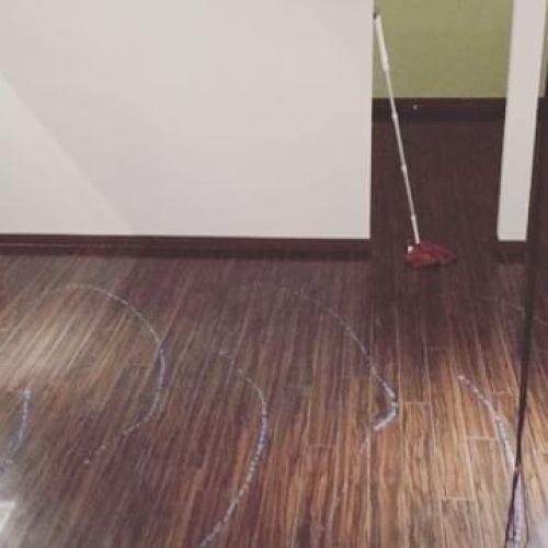 【GUMI大掃除】*毎年恒例の大掃除完了️10周年を迎えた2017年。「今年も1年間ありがとう︎♡」の気持ちで掃除キレイになってスッキリ︎ *ワックス掛けしてるカロちゃん(のしろさん)みんなお疲れ様でした-------#大掃除#カーテン #天蓋#洗濯 重労働#ワックス掛け #ピカピカ#お疲れ様 #綺麗 #スッキリ#田園都市線#青葉台 #青葉台マッサージ#マッサージ #massage #リラクゼーションサロン#gumi#simple #interior#家具 #こだわり#thai #タイ人 #タイ語#ねこ #パグ #大好き