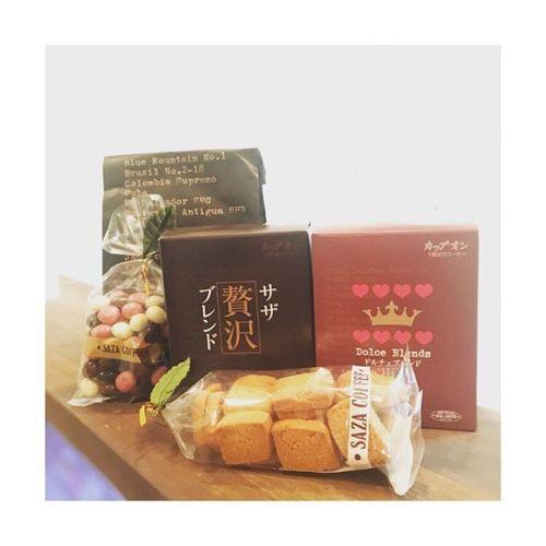 【SAZA COFFEE】️️️お客様から差し入れ頂きました。ありがとうございます。---------#coffee #time #cafe #sazacoffee #black #コーヒー #サザコーヒー #natural #กาเเฟ #ดำ #ชอบ #thai #cookies #chocolate #茨城県ひたちなか市 #あざみ野 #青葉台 #仕事#田園都市線 #お疲れ様#パグ #好き #セラピスト#タイ古式 × #アロマ#タイ古式マッサージ#タイ式リフレクソロジー #こだわり空間 #interior #simple