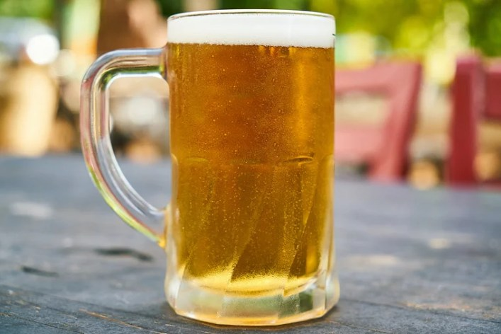 cci slaps rs 873 cr fine on ubl, carlsberg india, others for cartelisation in beer sale