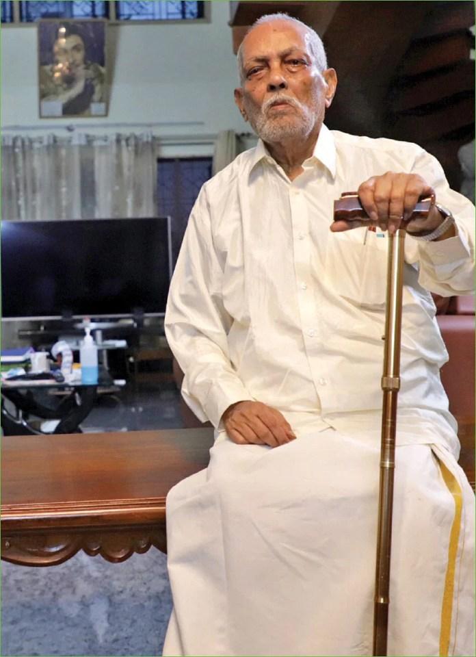 """எடப்பாடிக்கும் ஸ்டாலினுக்கும் இடையேதான் நேரடிப் போட்டி!"""" - அரங்கநாயகம்  அதிரடி - Former ADMK minister aranganayagam speaks about current politics"""