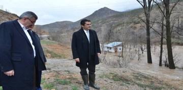 """GÜMÜŞHANE'DE DEVLET """"SU BASKIN BÖLGELERİ""""NDE İNCELEME YAPTI"""