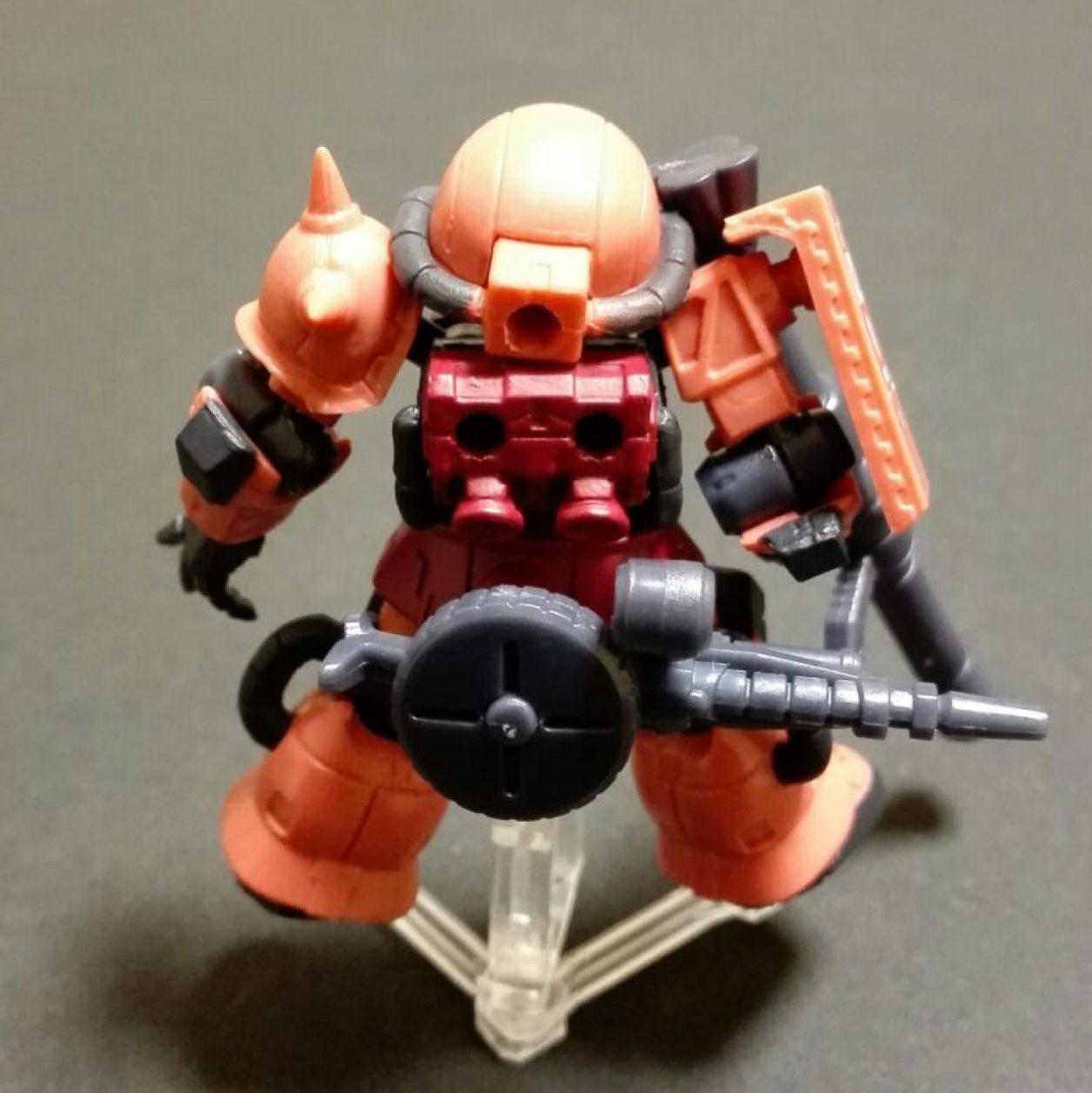 MOBILE SUIT ENSEMBLE 00弾より機動戦士ガンダム the origineに登場するジオン公国軍のシャア専用ザク(ルウムver.)の画像