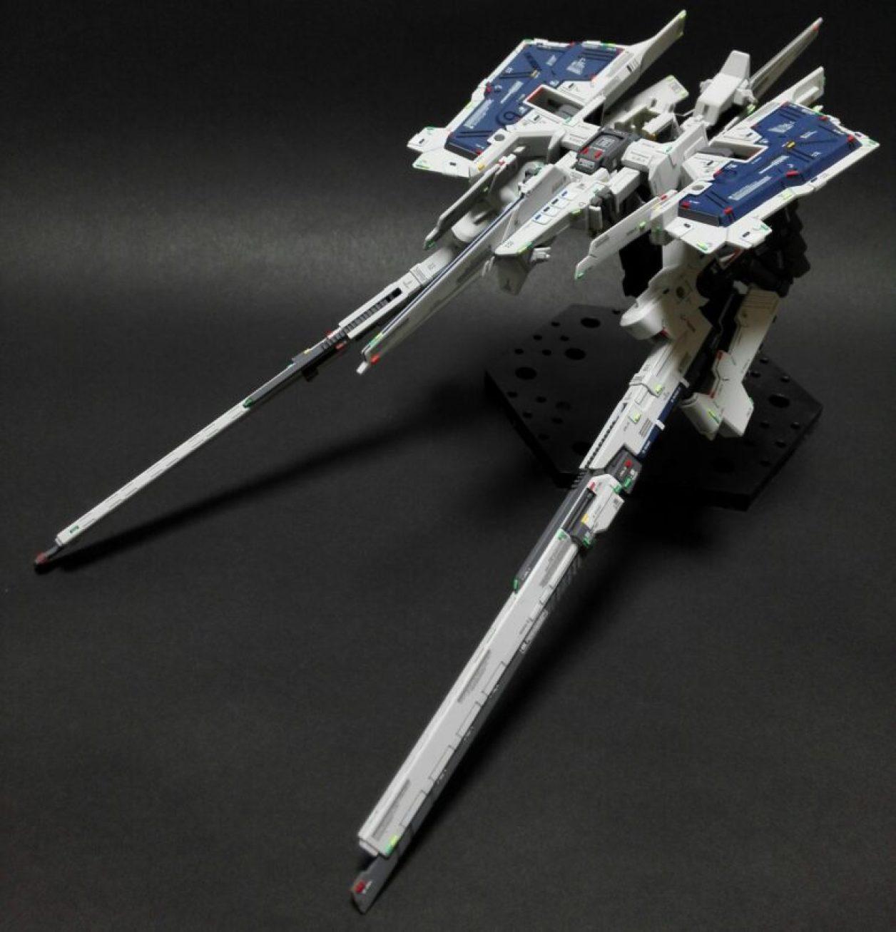 FG Gパーツ[フルドド]を2機合体させたフルドドのMA(モビルアーマー)形態にロング・ブレード・ライフルを装備させた形態の画像
